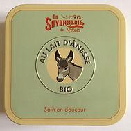 savon-au-lait-d-anesse-bio-la-savonnerie