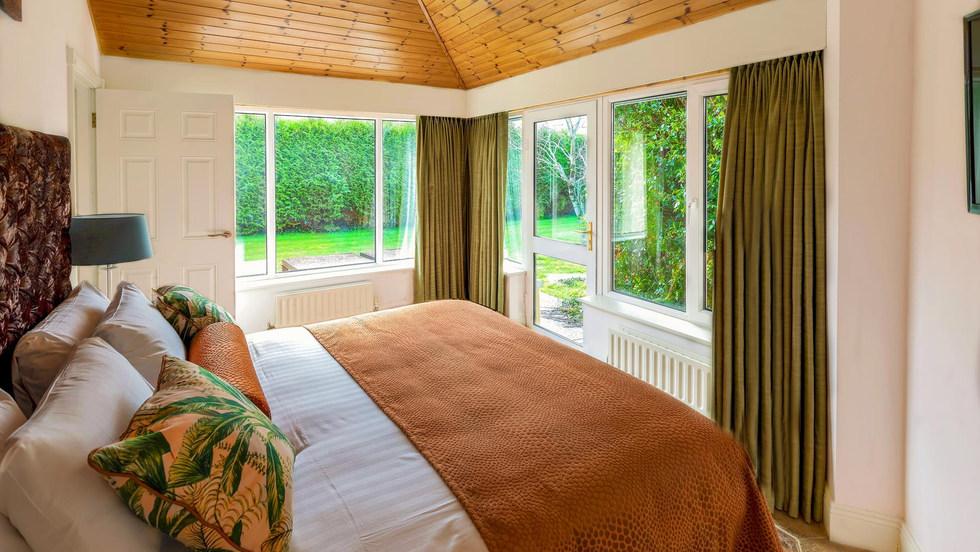 Garden-suite-Bedroom (Copy).jpg