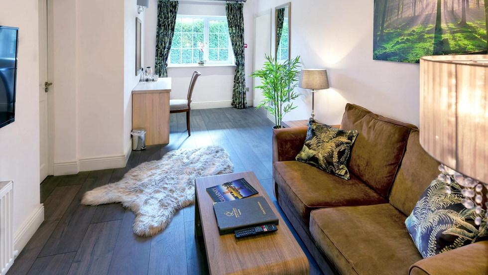 Garden-Suite-Living-room a (Copy).jpg