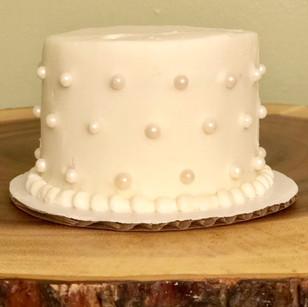 Pearl Smash Cake_edited.jpg