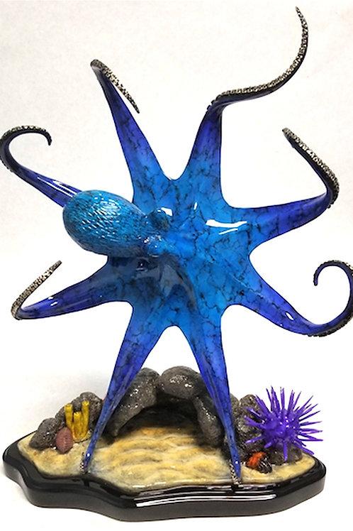 Sunny, bronze octopus