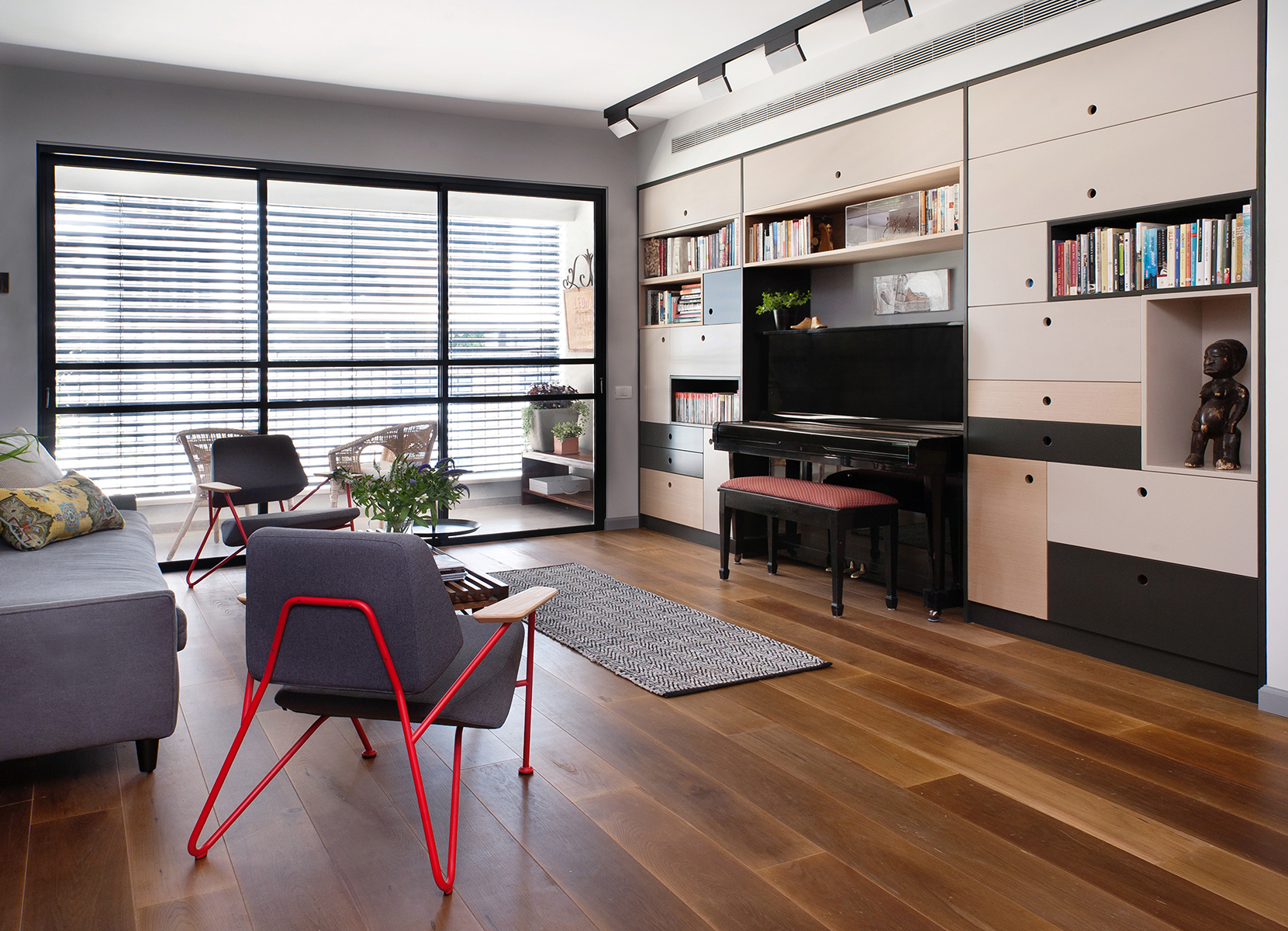 Apartment Y&A by Vered Bonfiglioli