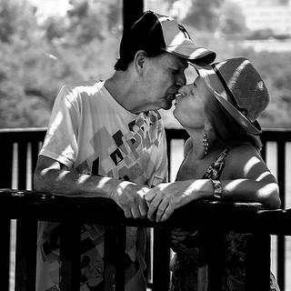 אהבה בשנים.jpg