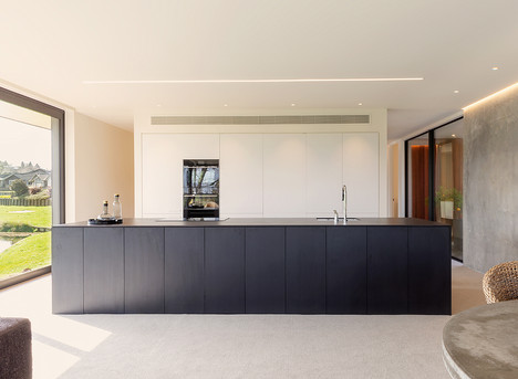 dark-kitchen-design.jpg