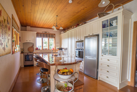 solid-timber-kitchen.jpg