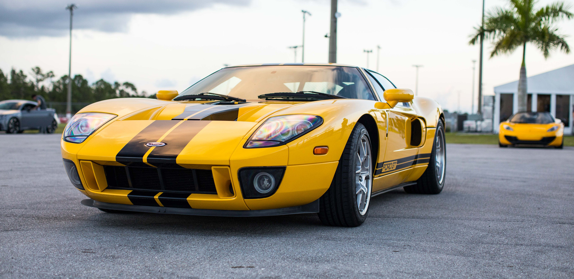 2006_Ford_GT.jpg