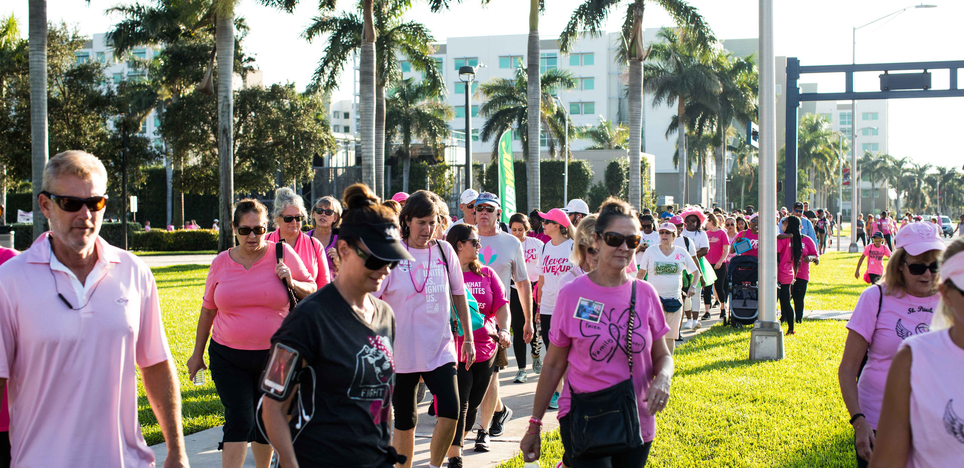 BreastCancerWalk-32.jpg