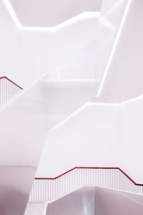 Progetto fotografico per studio IT'S. (2018) Nuova sede direzionale Confcooper Società Cooperativa Ristrutturazione edilizia volta alla progettazione di un edificio per uffici. Via Torino, 153 - Roma (Italia)