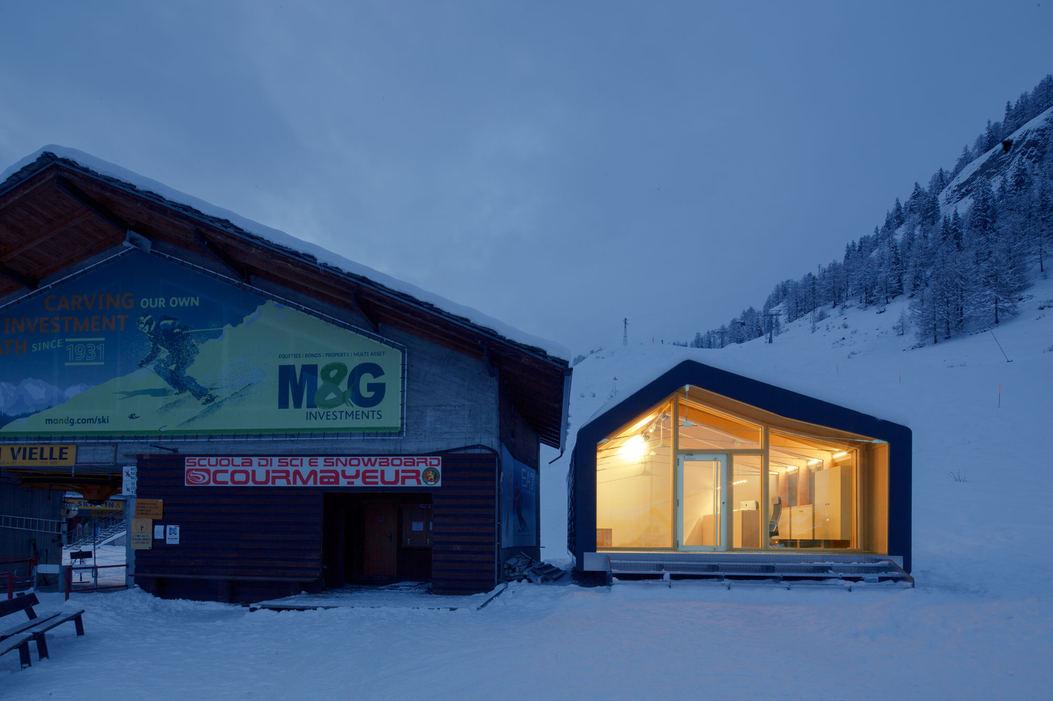 Progetto fotografico per studio LeapFactory. (2020) Leap Home Frame. Casa maestri di sci. Courmayeur (AO)