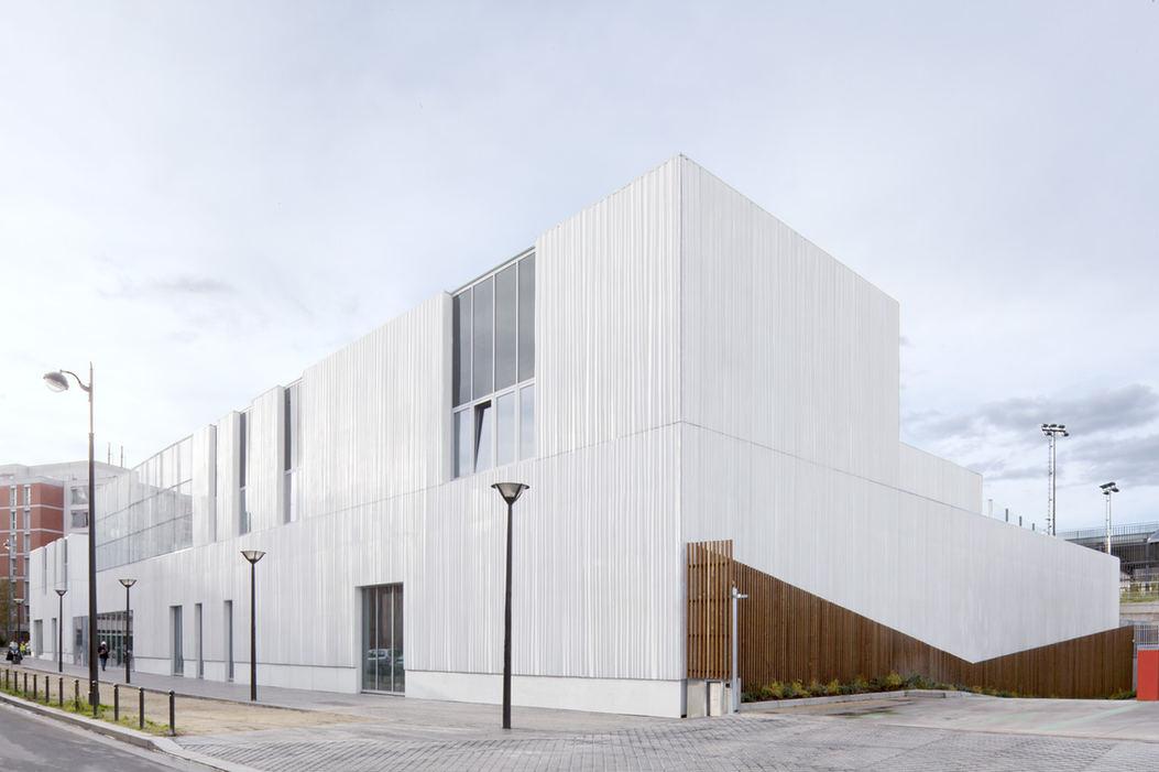 Progetto fotografico per studio IT'S. (2017) Centro Sportivo, Spazio Giovani e Centro psicopedagogico. Rue Paul-Meurice, ZAC des Lilas, Parigi (Francia)