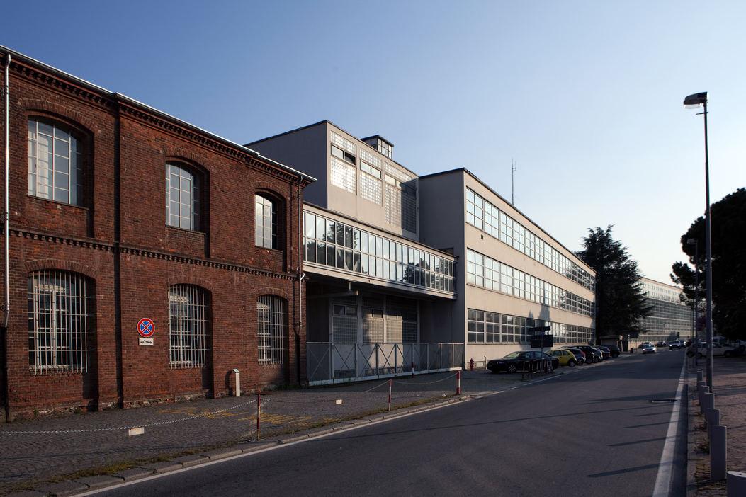 progetto fotografico per fondazione Adriano Olivetti, Roma. (2015) Edificio mattoni rossi, Via Jervis