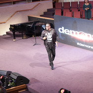 demosnstr8