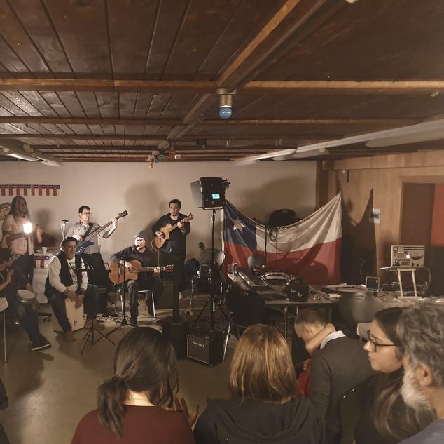 Música en vivo en nuestra peña. Diciembre 2019.