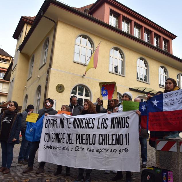 Consulado España Protesta