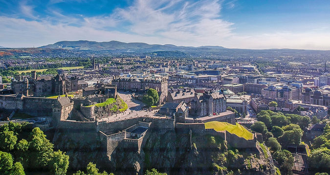 Edinburgh panoramic from castle.jpeg