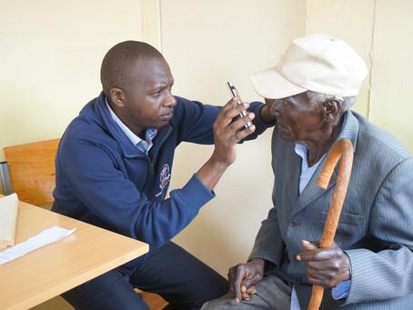 Augen-Screening in Sambocho