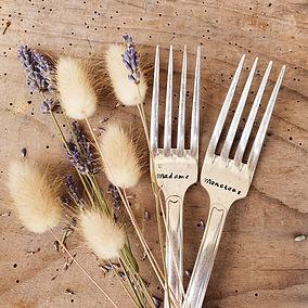 fourchettes-gravees-monsieur-madame-mariage.jpg