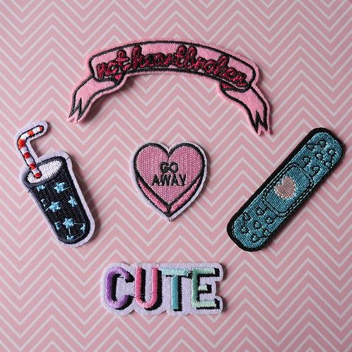 Lot de 5 Patchs thermocollants - Coeur Go Away - Mug - Pansement - Mot Cute