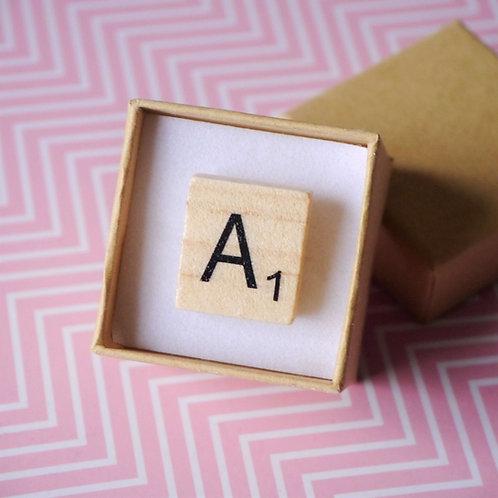 Pin's Vintage - Lettre de Scrabble au Choix