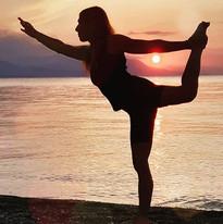 #yogaatthesea #yogagirl #yogagreece ..su