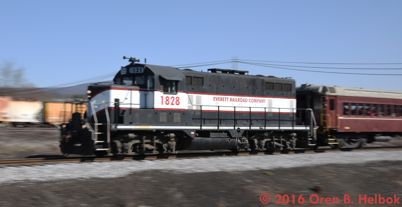 1828 northbound on 10 am train