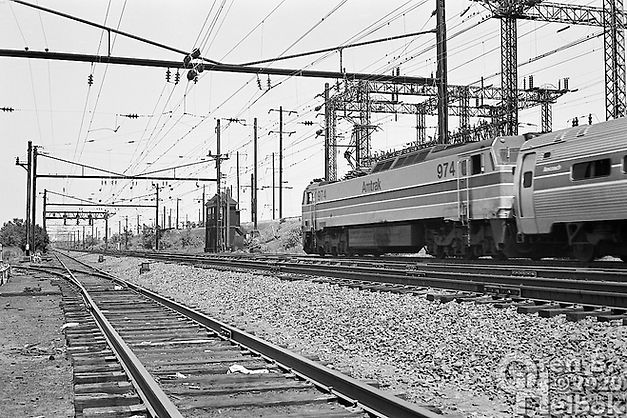 Amtrak E60 974 eastbound, LANE Tower, Newark, New Jersey, 1977, Oren B. Helbok photo