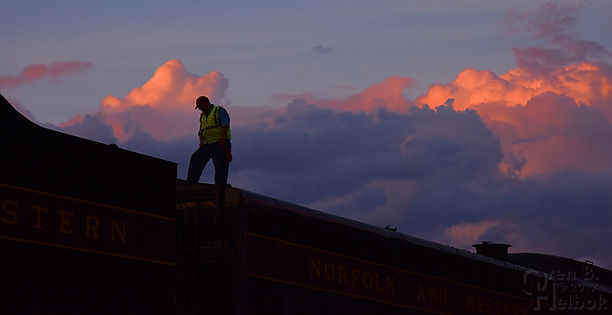 N&W 611, Norfolk & Western 611, Shaffers Crossing, sunset, Duane Leonard, volunteer