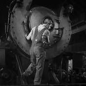 Mechanic Dave Lotfi
