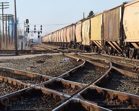 Iron Triangle, Fostoria, Ohio, diamonds, southbound CSX frack sand train, Oren B. Helbok photo