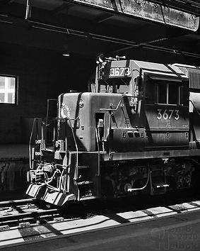 CNJ GP40-P 3673, Newark Penn Station, 1977, Oren B. Helbok photo
