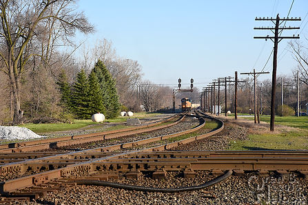 Iron Triangle, Fostoria, Ohio, B&O-N&W CSX-NS diamonds, southboOren B. Helbok photoIron Triangle, Fostoria, Ohio, B&O-N&W CSX-NS diamonds, southbound CSX frack sand train, C&O signals, Oren B. Helbok photo