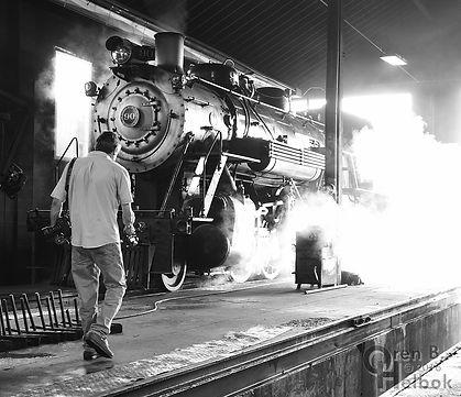 Strasburg Rail Road #90 leaving the enginehouse with LNP Online photographer Richard Hertzler