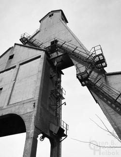 Dekalb coal dock 2016-4-11 10 B&W small