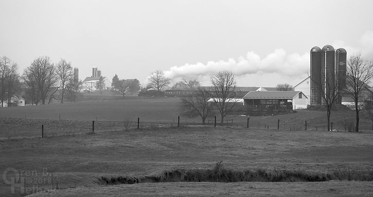 Strasburg Rail Road Long Curve, Amish farms