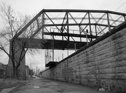 Former CTA truss bridge east of a-2