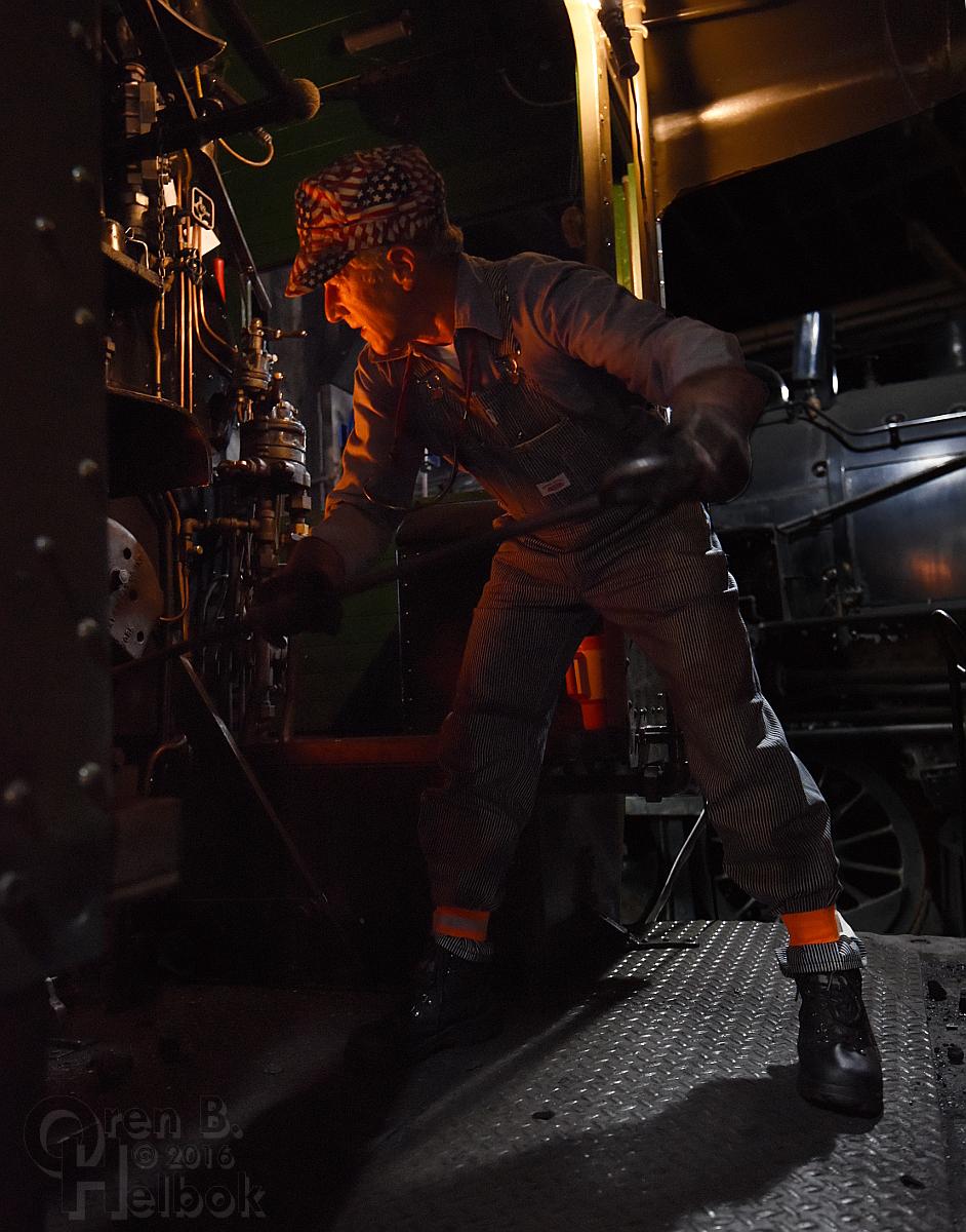 Jerry Dziedzic raking fire