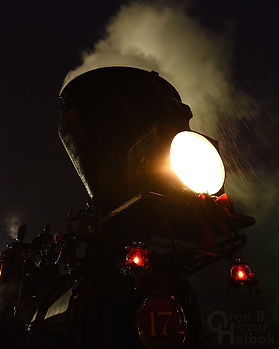 Steam Into History, New Freedom, Pa., York #17 headlight in the rain