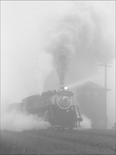 Whippany River Railroad #148 at Raritan, New Jersey, December 1975, John E. Helbok photo