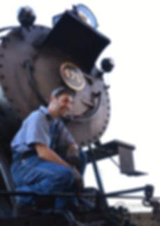 Strasburg Rail Road hostler Dave Lotfi and #475