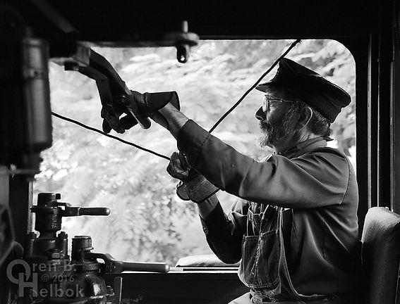 Wilmington & Western Railroad #98 volunteer engineer John LaCosta whistling