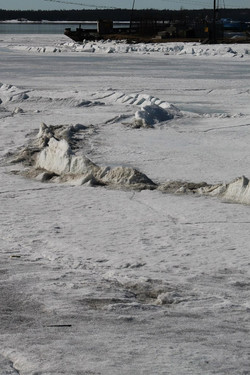 Змей Горыныч подо льдом
