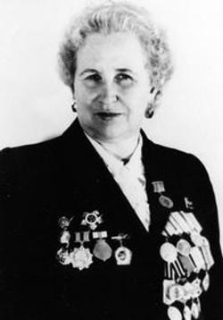 ДЕРЯБИНА Валентина Николаевна