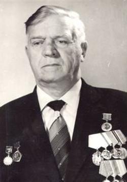 БАЖАНОВ Виктор Дмитриевич