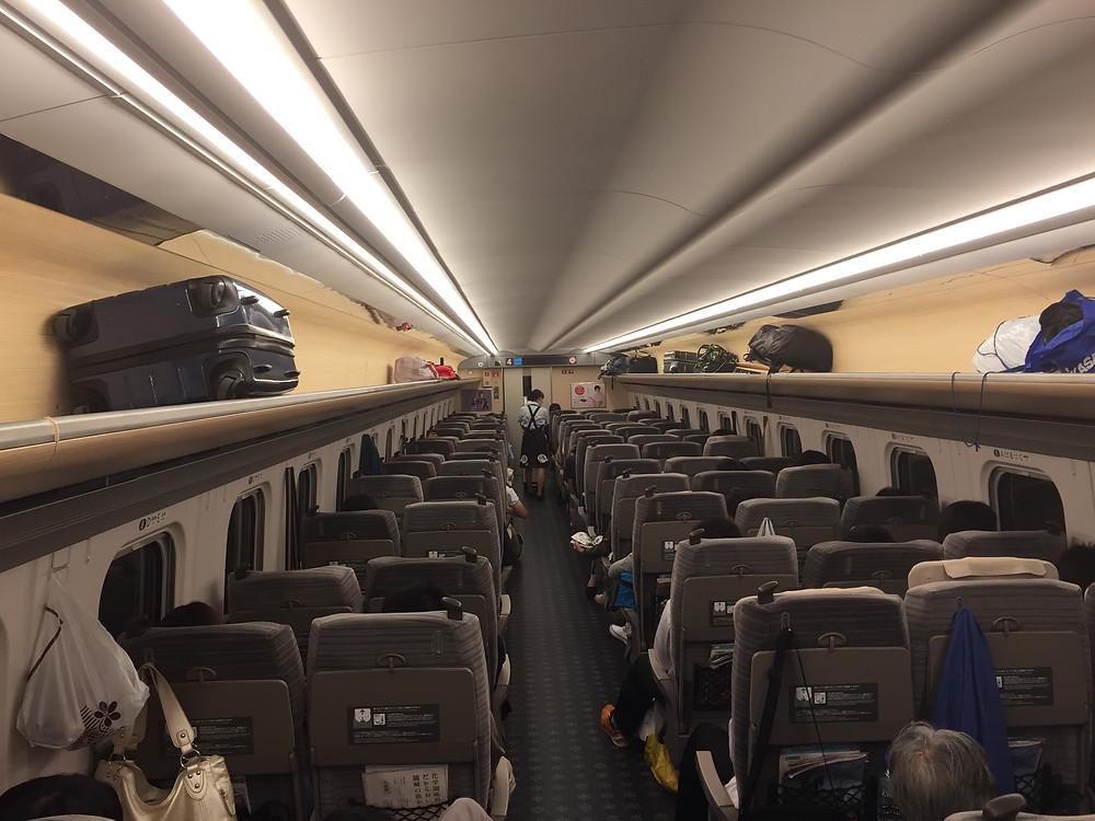 """Tohoku Shinkansen """"Hayabusa"""""""