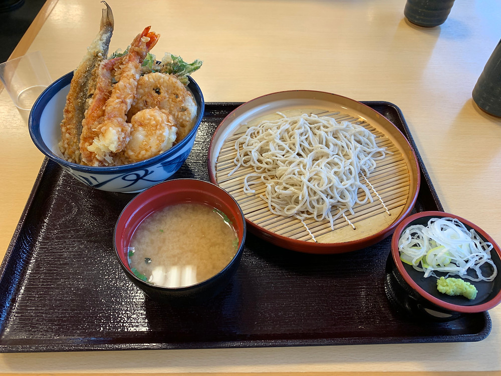 Tendon with cold soba noodle