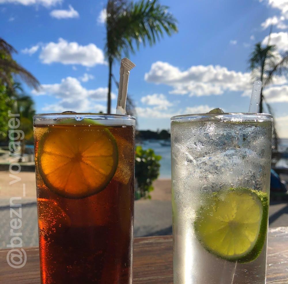 Erster Cocktail des Urlaubs