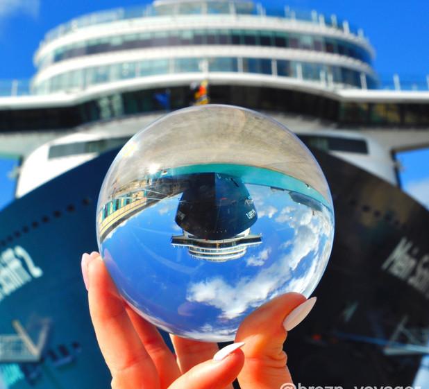 Mein Schiff 2 in der Glaskugel