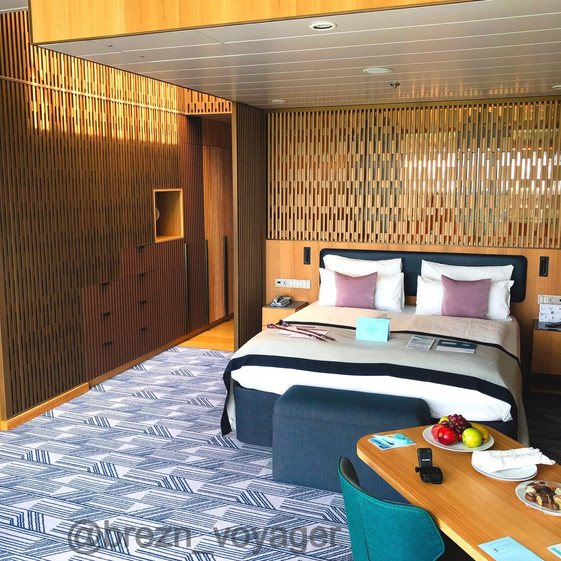 Doppelbett Himmel und Meer Suite