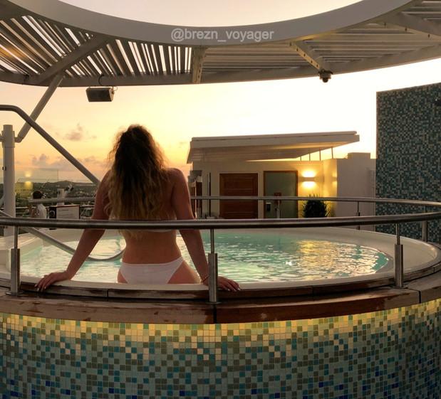 Sonnenuntergang im Whirlpool