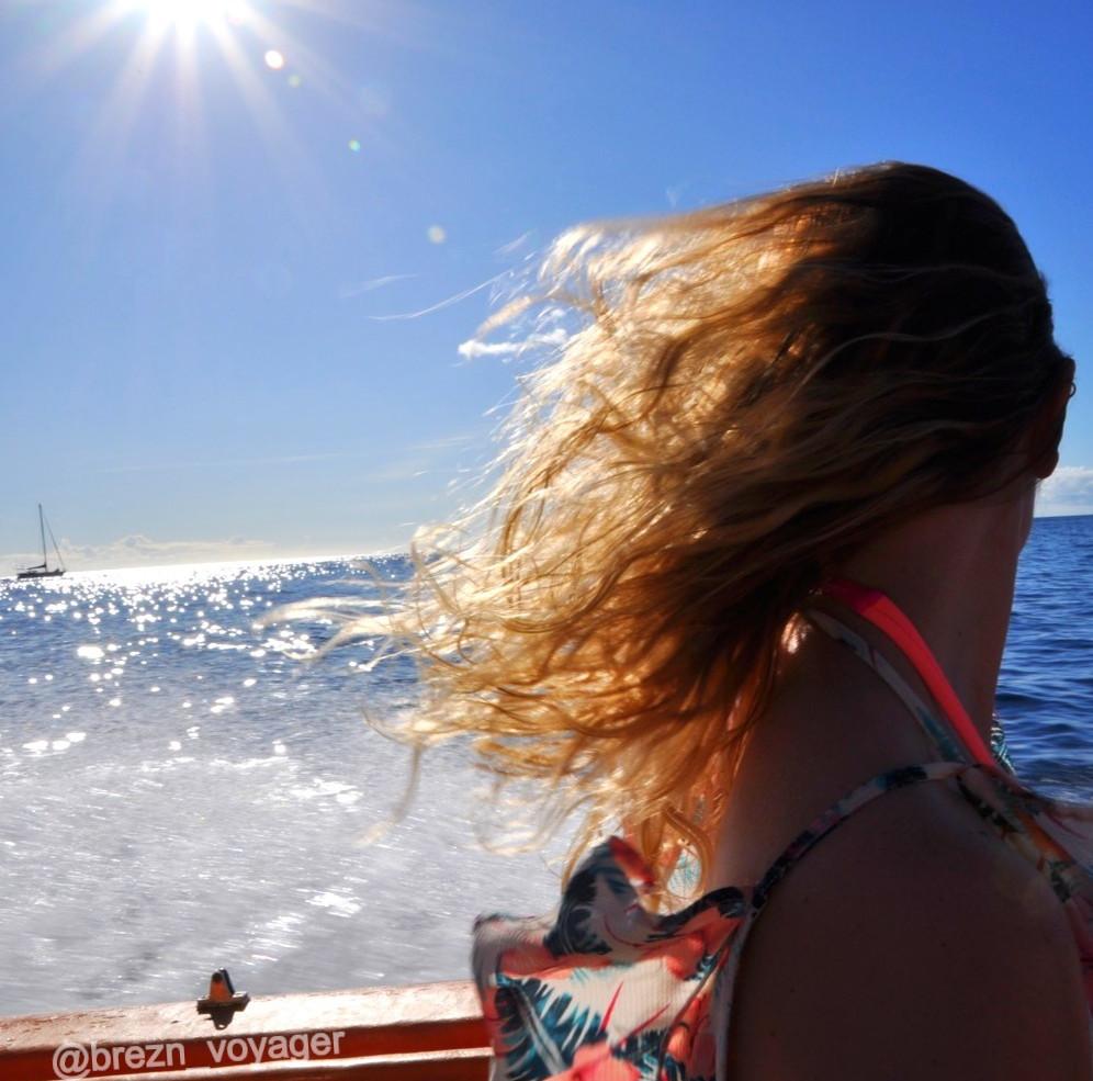Mit dem Speedboot der Küste von St. Lucia entlang